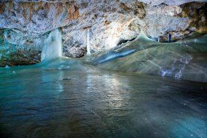 ice_cave_01