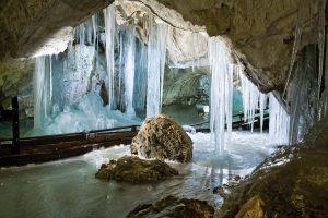 ice_cave_02
